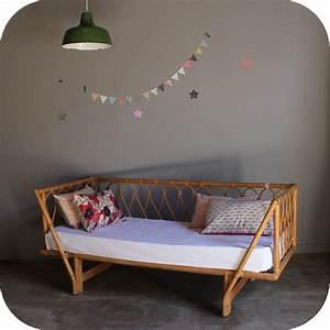 Lit Enfant Vintage : lit rotin vintage banquette day bed atelier du petit parc ~ Teatrodelosmanantiales.com Idées de Décoration