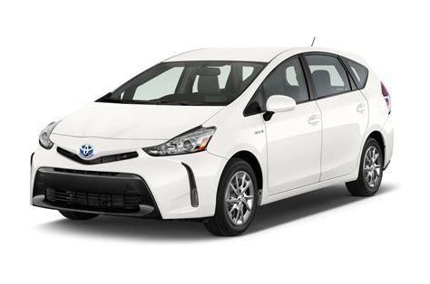 Toyota Car : 2015 Toyota Prius V Reviews