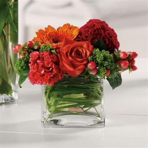 flower arrangement ideas for dinner low floral arrangement perfect for centerpieces at a dinner table so that guests can see who