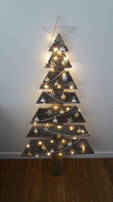 Weihnachtsbaum Holz Design by Top 20 Pallet Tree Designs To Pursue Diy