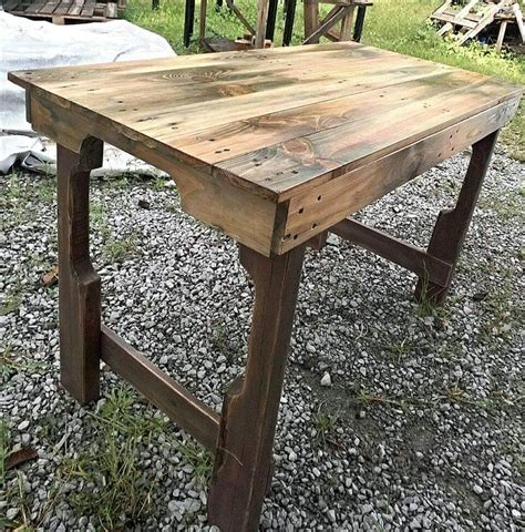 scorched pallet table  pallets