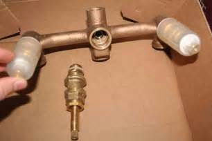 how to replace a moen kitchen faucet cartridge plumbing how to fix a bathtub faucet that leaks only