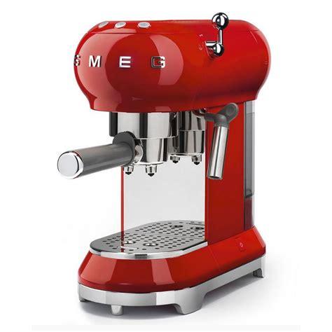 Home smeg coffee machines page 1 of 1. Smeg ECF01 Espresso coffee machine