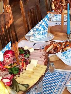 Oktoberfest Rezepte Buffet : 14 best bayerische brotzeit images on pinterest oktoberfest bavarian recipes and oktoberfest ~ Buech-reservation.com Haus und Dekorationen