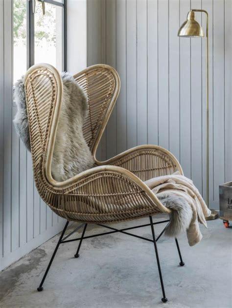 des fauteuils design en rotin joli place