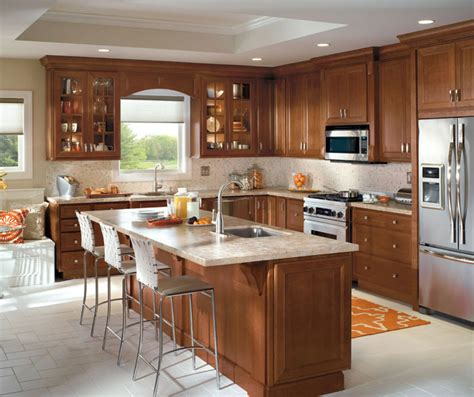 classic cherry kitchen cabinets traditional kitchen with cherry cabinets homecrest 5427