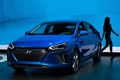 Hyundai Plans Electric Car With 200 Miles Of Range For