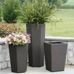 beautify your garden with large garden planters front yard landscaping ideas