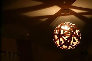 Wood veneer ceiling lights : Shadow casting