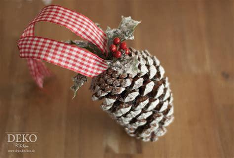 deko weihnachten zapfen weihnachtsdeko basteln h 252 bsche deko aus zapfen deko