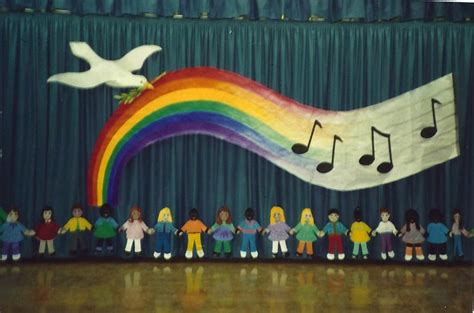 Backdrop Ideas For School by Backdrops Classroom And On