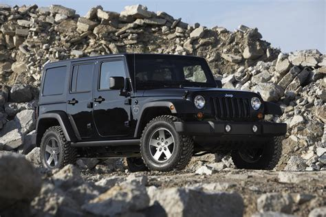 car jeep black 2011 jeep wrangler black ops edition conceptcarz com