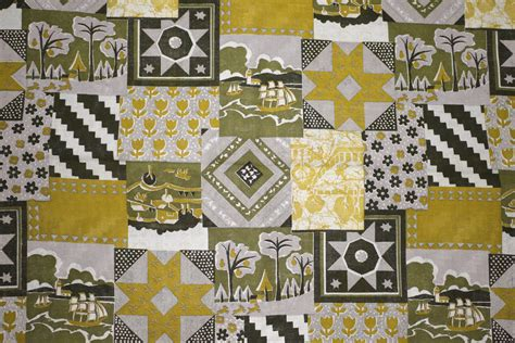 gold patchwork quilt fabric texture picture
