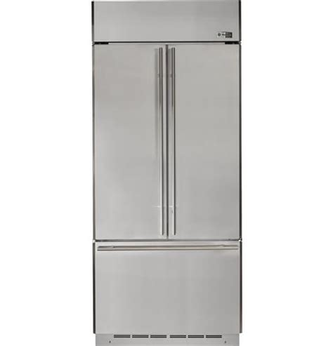 ge monogram  refrigerator tyresc