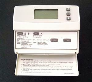 Honeywell T8501d1046 Heat    Cool Thermostat With Subbase