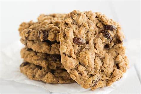 oatmeal raisin cookies sadelle s oatmeal raisin cookies brown eyed baker