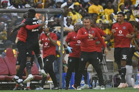 statistical anomaly  favour kaizer chiefs  beat