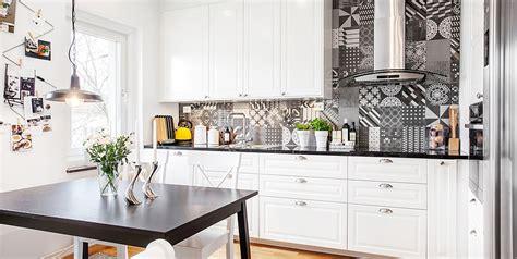 carreau ciment credence cuisine crdence de cuisine originale laquage sur verre