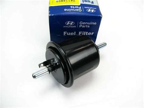 Hyundai Elantra Fuel Filter by New Oem Fuel Gas Filter For 00 05 Hyundai Accent