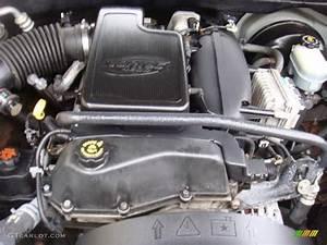 2002 Oldsmobile Bravada Standard Bravada Model Engine Photos
