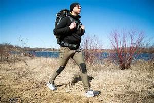 Real Hikers Wear Tights Fjallravenu0026#39;s Abisko Trekkers Reviewed