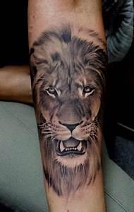 Best 25 Lion Tattoo Design Ideas On Pinterest Mens Lion Tattoo Mens