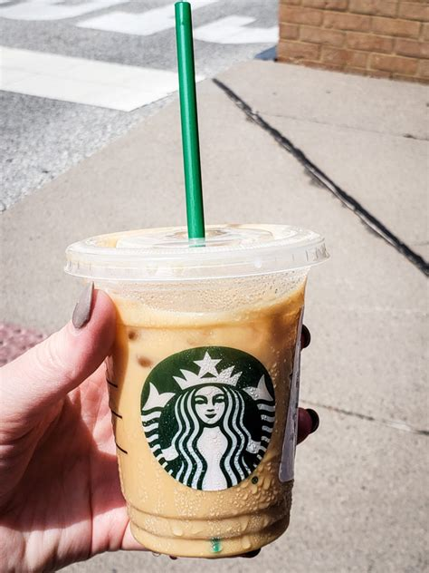 Blending butter and oil into your coffee may sound ridiculous at first, but it is worth drinking at least once while you are on keto. Keto Starbucks Drinks - 5 Low Carb Drinks to Order - The Keto Queens