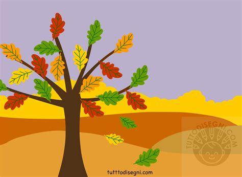 paesaggio autunnale albero  foglie secche