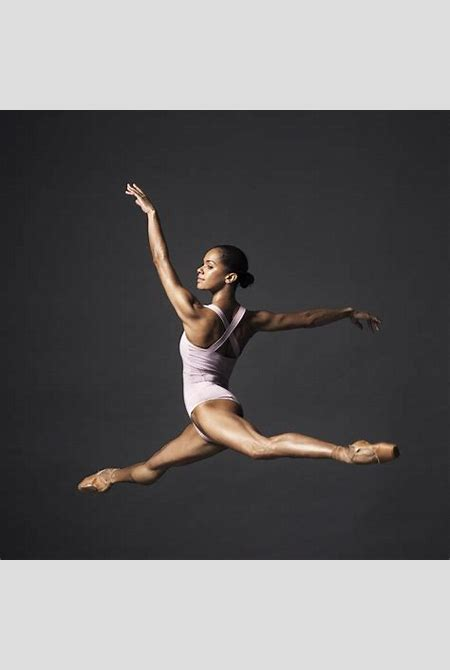 "Misty Copeland: 5 Facts From Her New Book ""Ballerina Body"" 