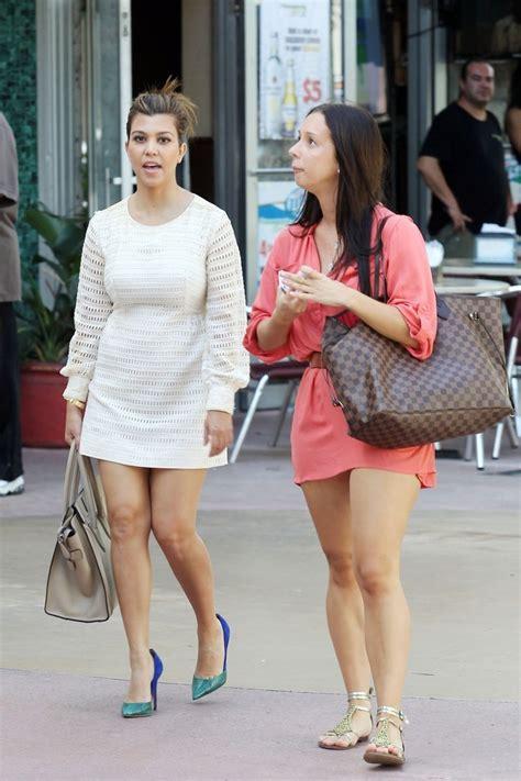 More Pics of Kourtney Kardashian Day Dress (3 of 27) - Kourtney Kardashian Lookbook - StyleBistro