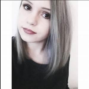 Haare Blau Färben Ohne Blondieren : haare grau gef rbt wie bekomme ich sie wieder blond granny hair wei blond friseur haarfarbe ~ Frokenaadalensverden.com Haus und Dekorationen
