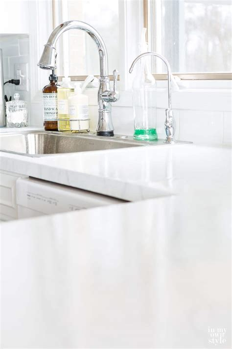 White Laminate Countertops by Painting Kitchen Countertops To Look Like Carrara Marble