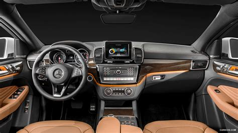 Chrome and aluminum interior accents: 2016 Mercedes-Benz GLE-Class Coupe - Interior | HD Wallpaper #6