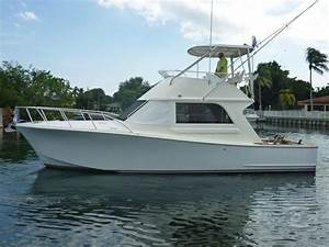 1997 Tides Custom Carolina Style Convertible Power Boat For Sale