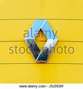 Logo Renault 2017 : renault trucks logo symbol icon flag stock photo royalty free image 54471465 alamy ~ Medecine-chirurgie-esthetiques.com Avis de Voitures