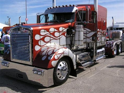 big kenworth trucks cool semi trucks front of semi truck custom paint job