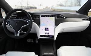 Review: 2018 Tesla Model X - NY Daily News