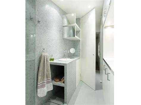 10 petites salles de bains pleines d astuces d 233 coration