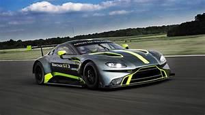 Nouvelle Aston Martin : la nouvelle aston martin vantage gt3 pr sent e dans le cadre des 24 heures du mans ~ Maxctalentgroup.com Avis de Voitures
