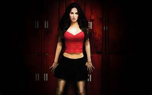 Flawless And Beautiful: Super Sexy Megan Fox Wallpapers