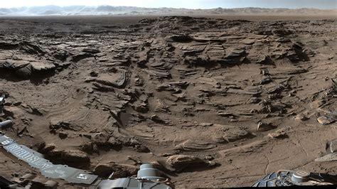 News | Curiosity Mars Rover Crosses Rugged Plateau