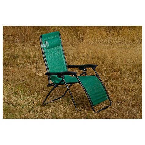 zero gravity wide recliner with padded seat and back