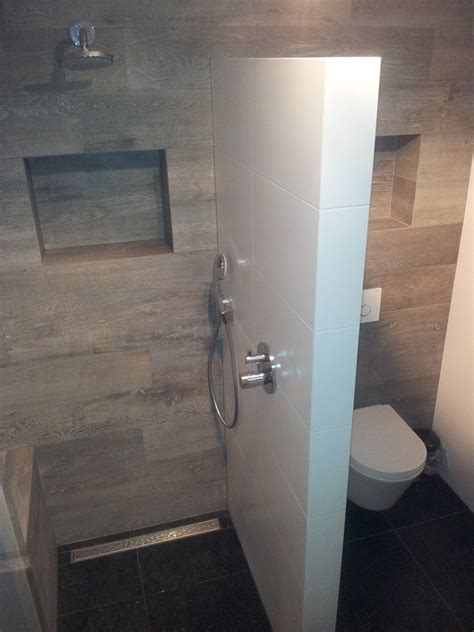 voorbeeld van een gerealiseerde badkamer en toilet door
