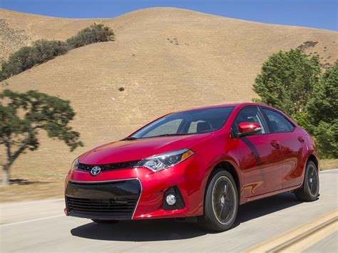 2019 Toyota Matrix  Car Photos Catalog 2018