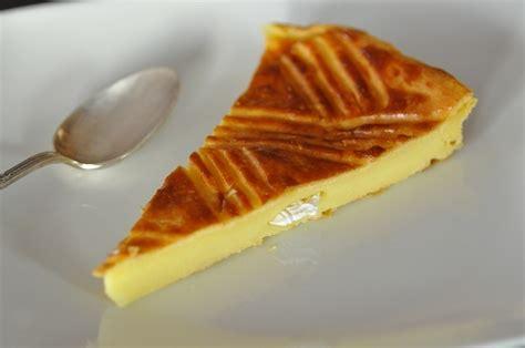 idee recette de cuisine galette franc comtoise ou bisontine à la crème pâtissière cuisine avec du chocolat ou
