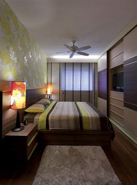 decorate  long  narrow bedroom