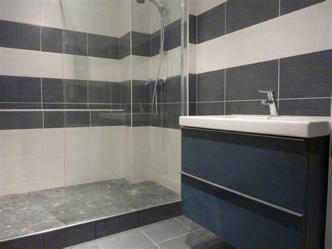 modele de carrelage salle de bain g 233 nial carrelage salle de bain avec modele faience salle de bain 59 pour votre carrelage au sol