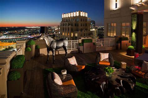 outdoor living space  interior design ideas