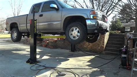 Floor Jack For Lifted Trucks by Maxjax Truck Lift Youtube