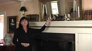 How to Decorate a Mantel With a Mirror : Home Accessories